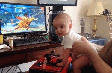 Un bambino di sei mesi completa la Story Mode con Birdie in Street Fighter V