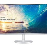 Samsung Curved Monitor 02
