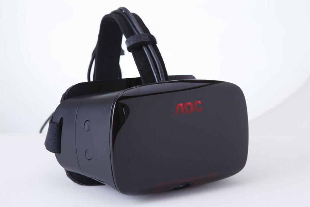Aoc presenta il suo visore per la realt virtuale alla for Produttore di blueprint virtuale