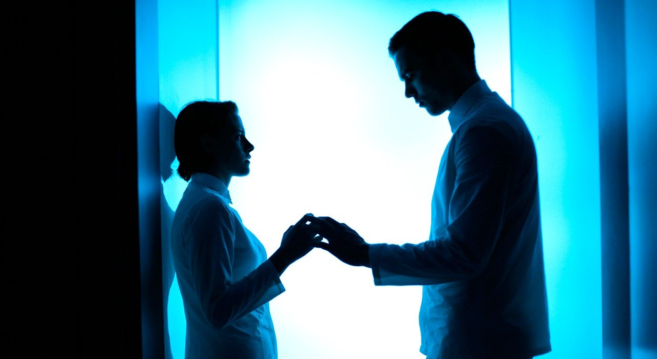 Equals Cinema 01