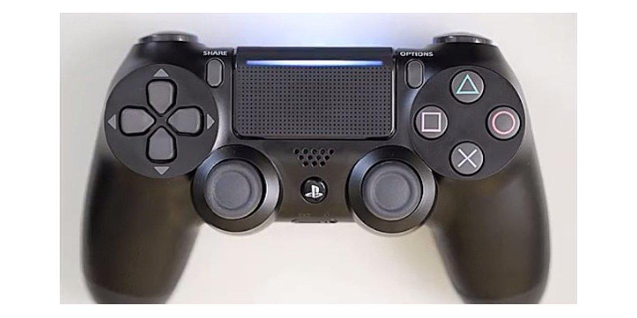 PS4 Slim potrebbe essere affiancata da un nuovo DualShock 4