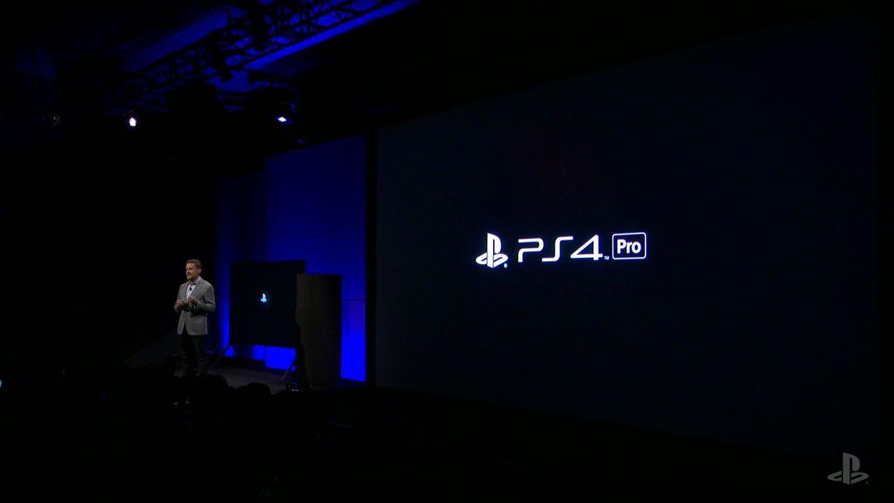 PS4 Pro: le patch per migliorare i giochi potrebbero essere a pagamento
