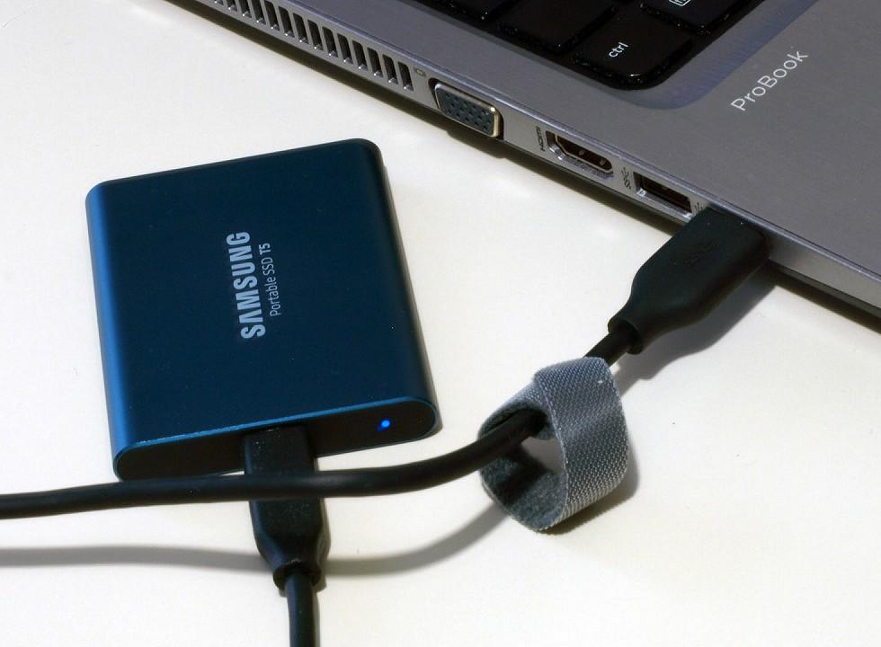 Samsung Portable SSD T5 500 GB immagine 04