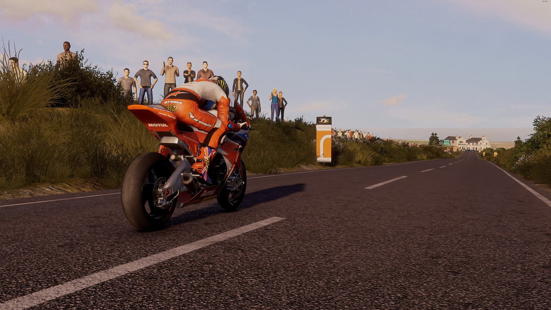 tt isle of man ride on the edge recensione pc ps4 xbox one. Black Bedroom Furniture Sets. Home Design Ideas